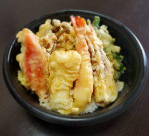 成田家藤原店で期間限定「お得弁当」