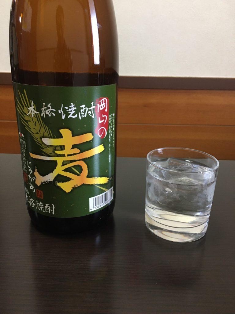成田家藤原店のメイン麦焼酎は「岡山の麦じゃがぁ」